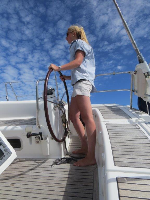champagne sailing luxury sailing day